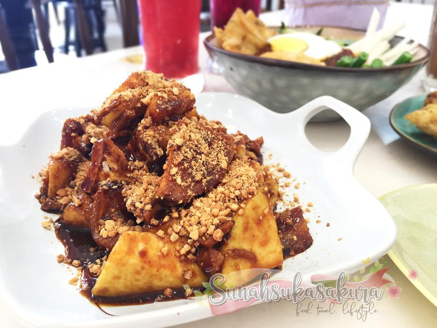 Lunch Nasi Lemak Sedap di Cafe Eatura by Nyonya Leaf, Johor Bahru