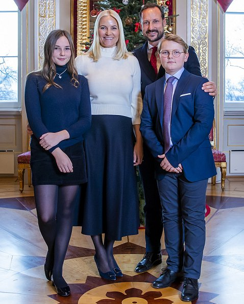 Queen Sonja, Crown Prince Haakon, Crown Princess Mette-Marit, Princess Ingrid Alexandra and Prince Sverre Magnus
