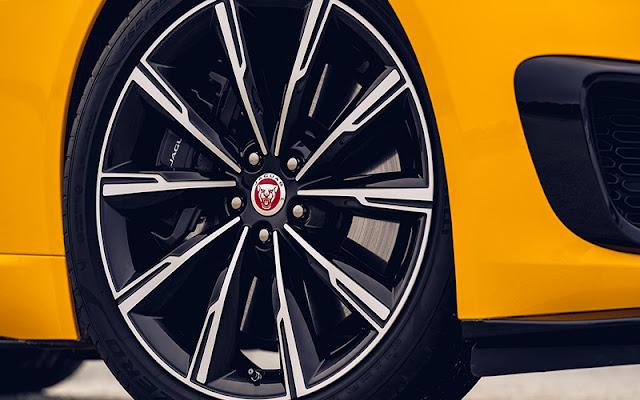Jaguar F-Type với Bộ la zăng 6 chấu được chấm phá bằng thiết kế cánh nan hoa