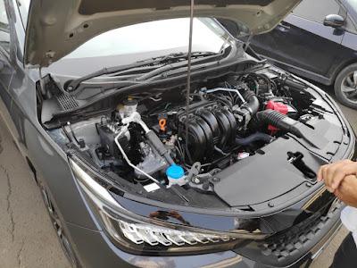 Buka Kap Mesin Honda City Hatchback Kamu Bisa Lihat Mesin Bertenaga 1500 CC DOHC