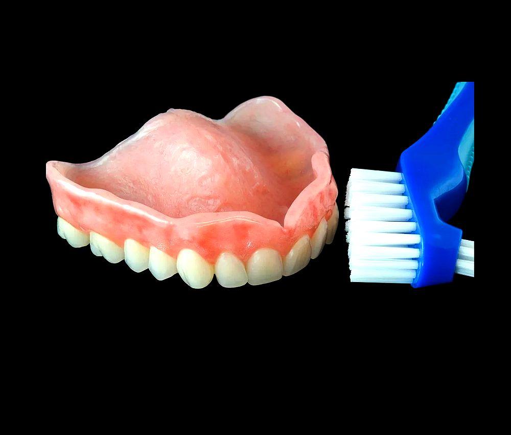 Dentures Hygiene