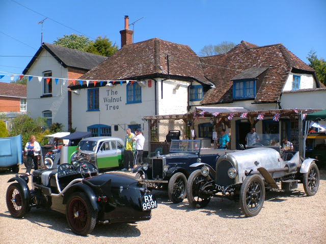 Picture of vintage cars outside the village pub British Gardening Blog life between the flowers