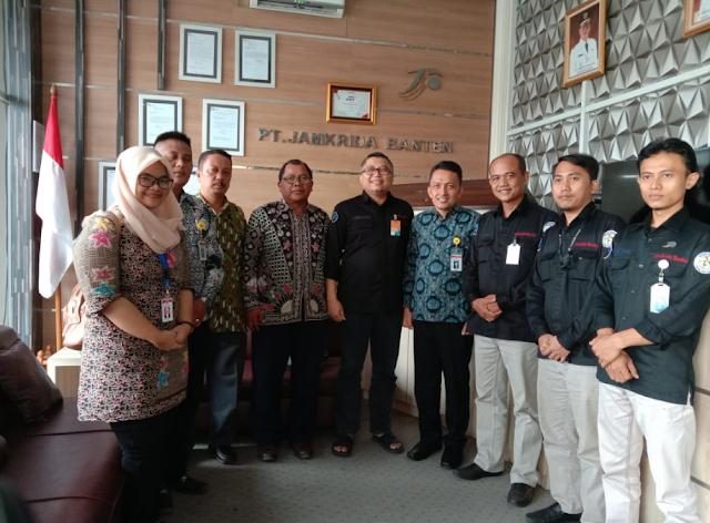Lowongan Kerja Staff Pemasaran PT. Peminjaman Kredit Daerah Banten (JAMKRIDA BANTEN)