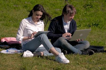 Ini Dia! 6 Laptop Dengan Baterai Tahan Lama dan Harga Terjangkau (Nomor 3 Wajib Kamu Beli)