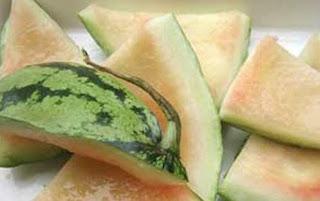 kulit semangka, tumis kulit semangka, Acar kulit semangka, Selai kulit semangka, manfaat kulit semangka, khasiat kulit semangka, cara mengolah kulit semangka, manfaat dan khasiat kulit semangka, manfaat kulit semangka untuk wajah, manfaat kulit semangka untuk kesehatan