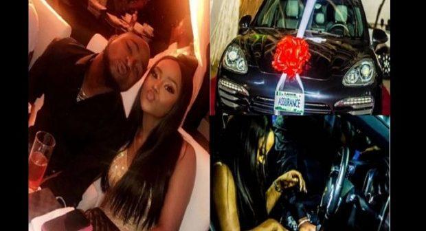 Vidéo - Davido très amoureux offre une Porsche à sa petite amie