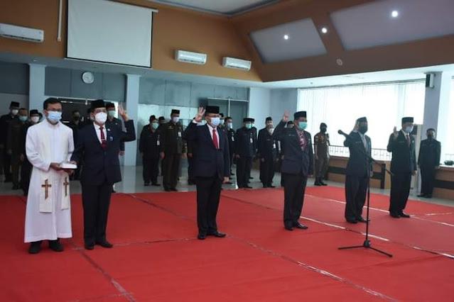 Wabup Ketapang Lantik 6 Pejabat Tinggi Pratama Dilingkungan Pemkab Ketapang