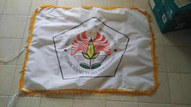 Bendera STMIK Hang Tuah