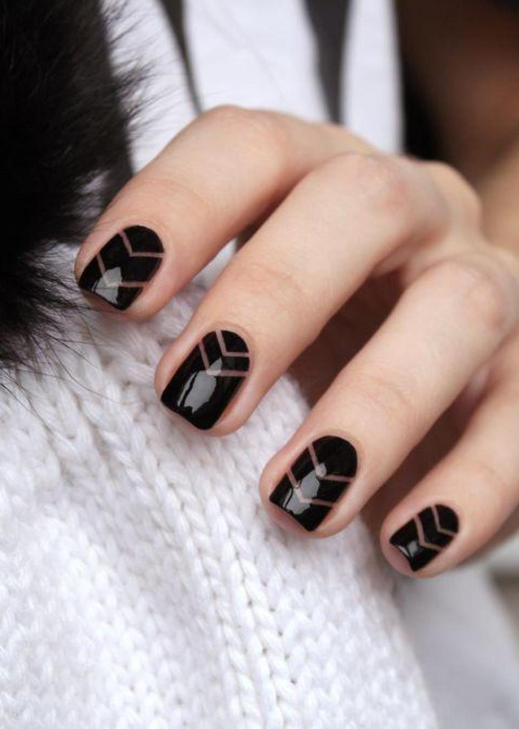 black nail art design idea for this fall