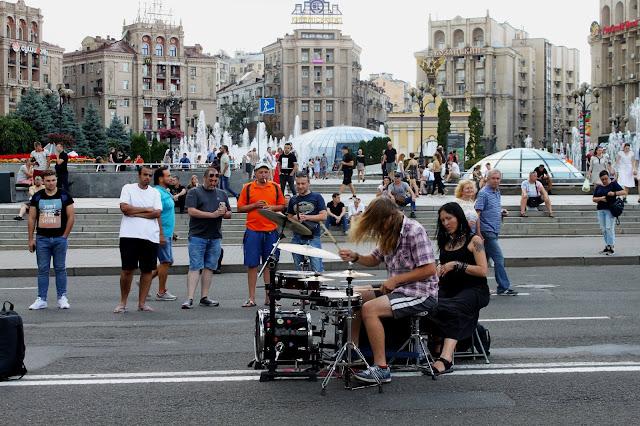 Музыкант на Майдане