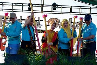 'Kareku Kandei', Mengawali Festival Budaya Teluk Bima