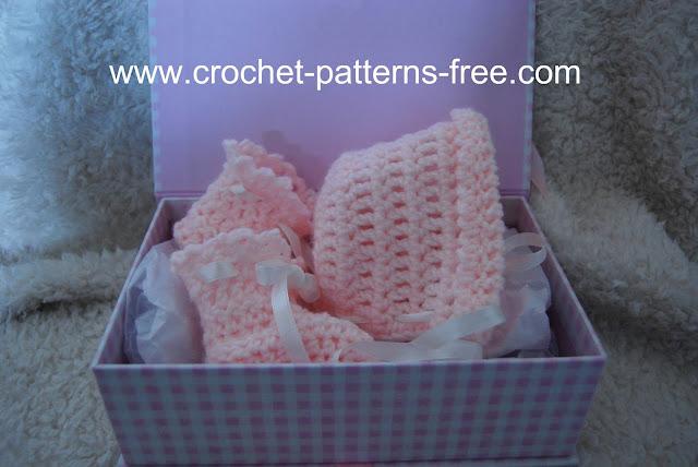 Crochet Pattern Baby Bonnet Booties FREE