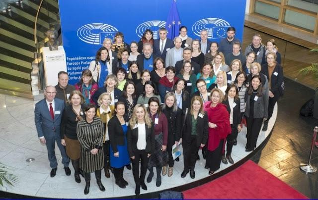 Ερωτήσεις μαθητών από την Αργολίδα καταχειροκροτήθηκαν στο Ευρωπαϊκό Κοινοβούλιο