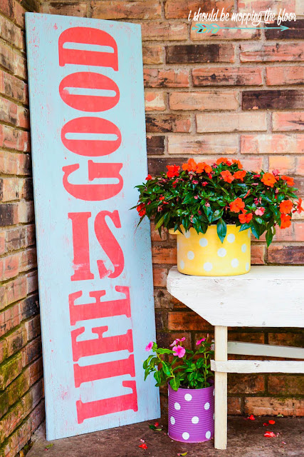 vintage-patio-sign-life-is-good