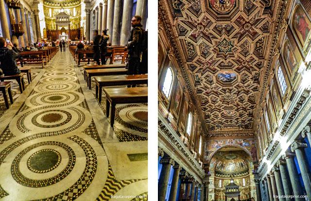 Piso em mosaico e altar da Igreja de Santa Maria in Trastevere, Roma