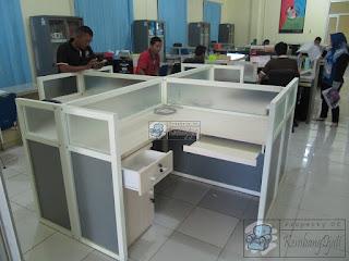 Jasa Pembuatan Cubicle Workstation + Furniture Semarang