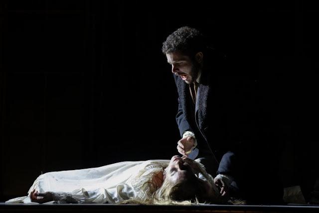 Verdi: La traviata - Lauren Fagan, Matteo Desole - Opera Holland Park (Photo Ali Wright)
