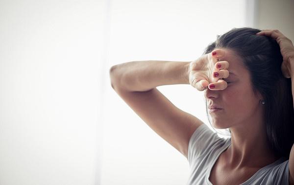 أسرع 9 طرق لشحن طاقتك عندما تشعر بالتعب