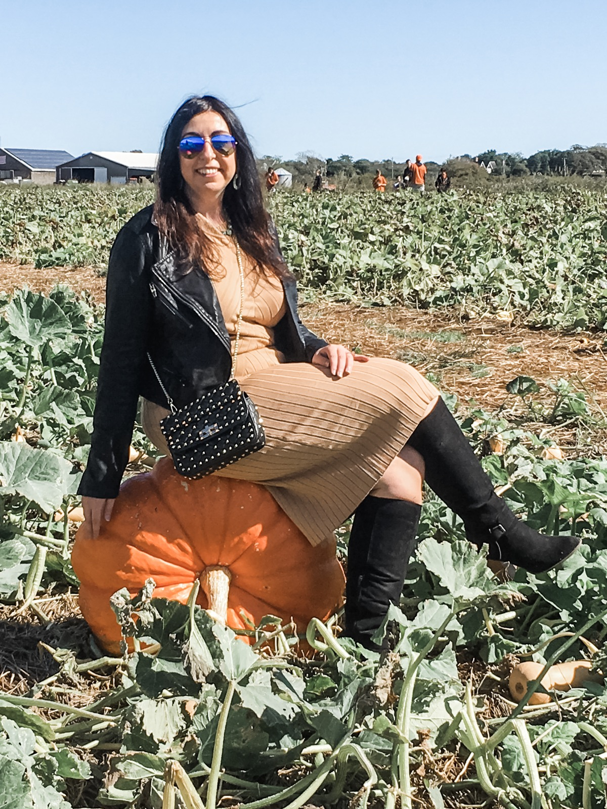 OOTD: 5 Perfect Pumpkin or Apple picking outfits :: Effortlessly with Roxy