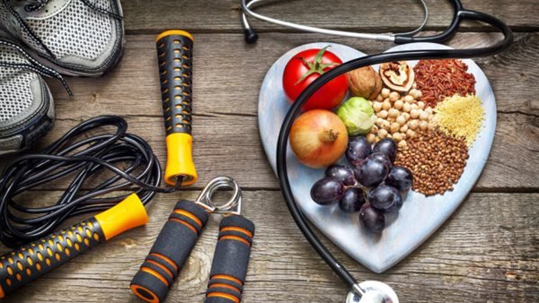 A dietitian reveals the optimal nutrition methods for pre- and post-workout athletes .. Video