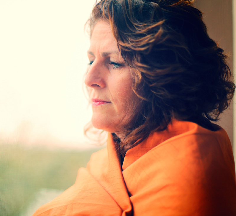 8 Tips to Help Tame Menopause Symptoms Naturally