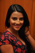 Jyothi Seth New sizzling photo shoot-thumbnail-11