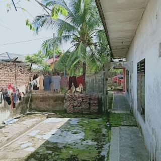 Halaman Samping Rumah Second - Hadap Timur - Jual Tanah Aja - Lokasi Jl. Perwira Gatot Subroto Medan Sumatera Utara