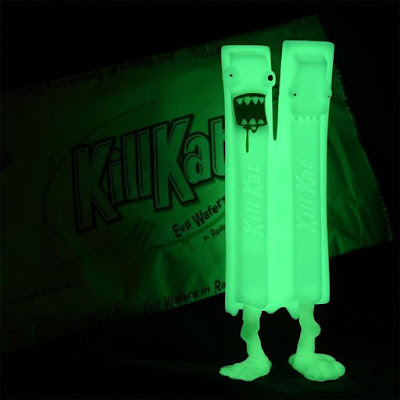 San Diego Comic-Con 2018 Exclusive Radioactive Kill Kat GID Vinyl Figure by Andrew Bell x FYE