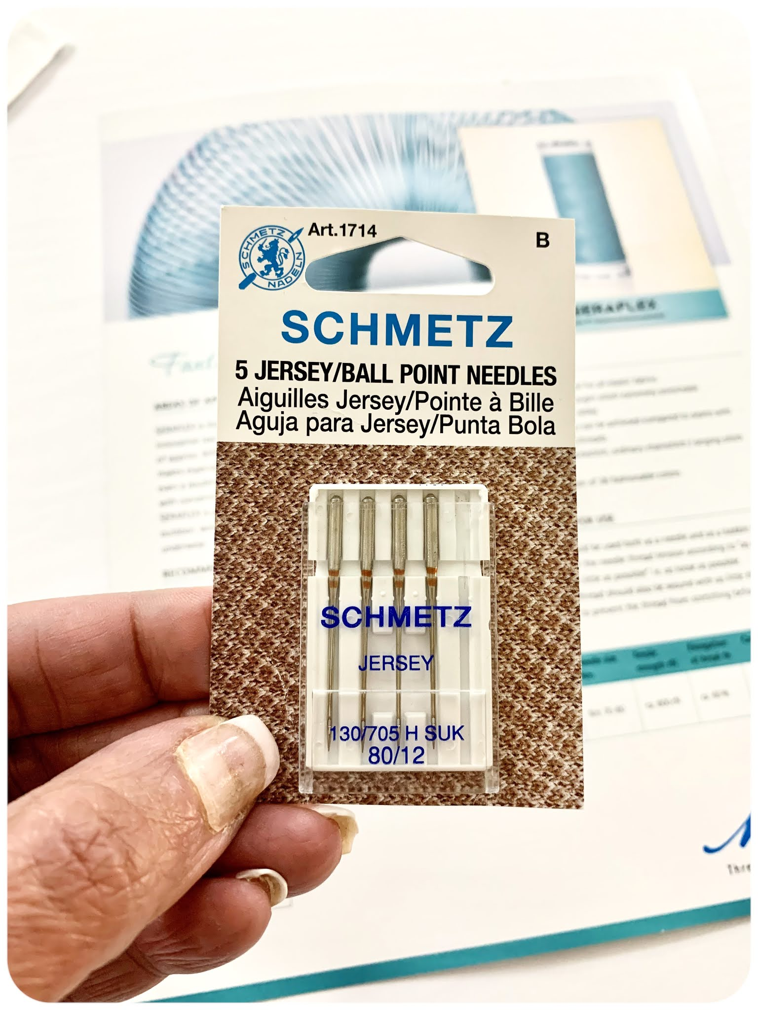 Sewing Knits using Schmetz 80/12 Stretch Needles - Erica Bunker DIY Style!