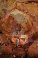 http://g-a-s-o.blogspot.fr/2016/08/photos-grotte-du-grand-menhir.html