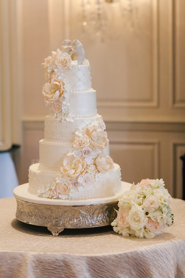 wedding cake white roses casamento gringo da semana tons past 233 is noiva sortuda 26816