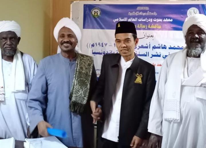 Alhamdulillah, UAS Lulus Program Doktoral di Sudan dengan Predikat Mumtaz