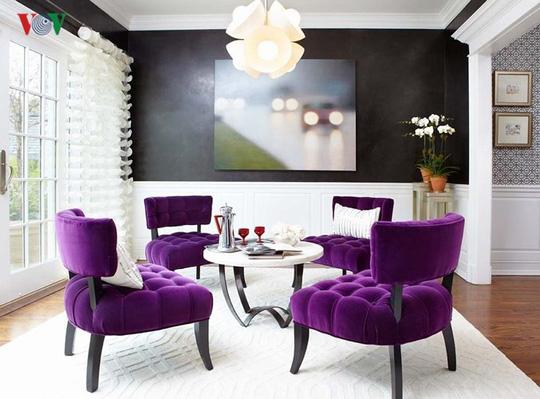 Sử dụng màu tím làm điểm nhấn cho căn nhà trong mùa thu