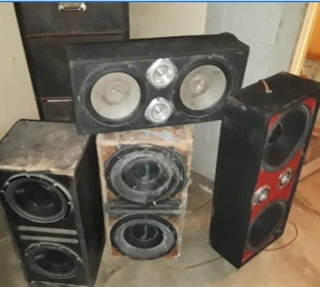 Policía informa Incautó en operativo equipos de música