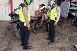 Polisi Razia Knalpot Racing di Tolikara
