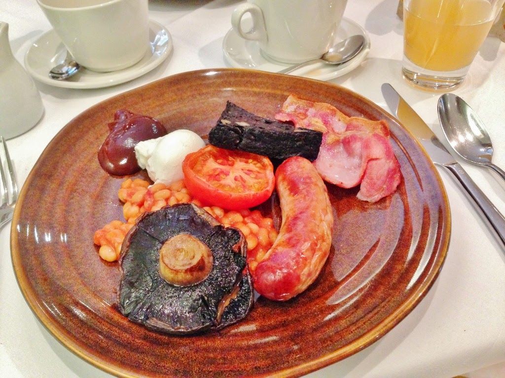 breakfast at the black swan hotel, gallery restaurant