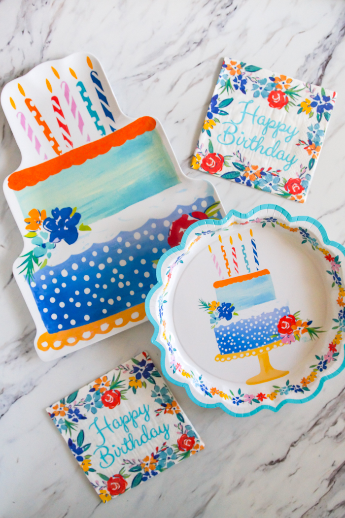The Pioneer Woman Birthday Flowers party supplies! ::: platter, paper plates, napkins