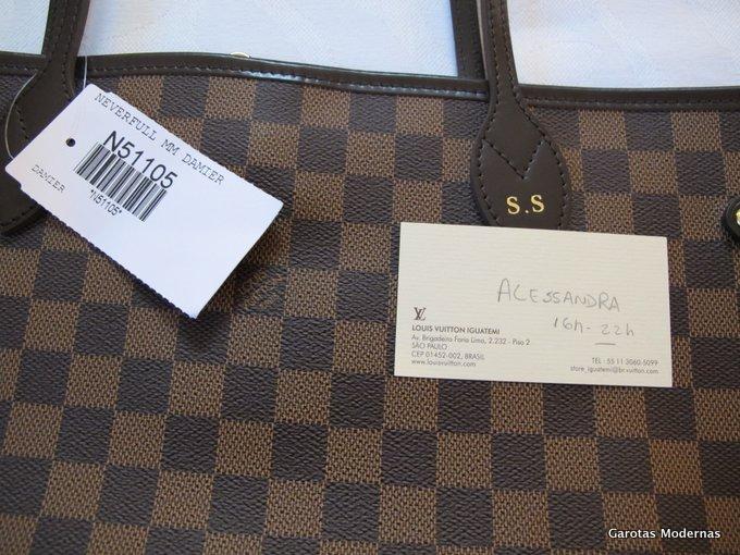 b3b54bfa3 Tenho recebido emails (além de mensagens no Instagram e em outras redes de  socais) de vendedores de bolsas de marcas de luxo como Chanel, ...