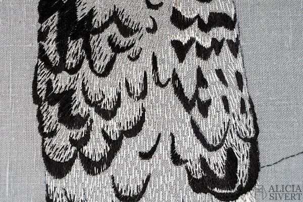 Strix nebulosa, great grey owl embroidery by Alicia Sivertsson, 2015-16. lapuggla fritt broderi free embroidery needlework textile art hand stitched textilkonst konst konstsömnad fågel fåglar skapa skapande kreativitet creativity uggla