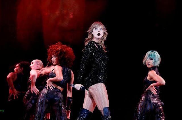 Taylor Swift Wallpaper