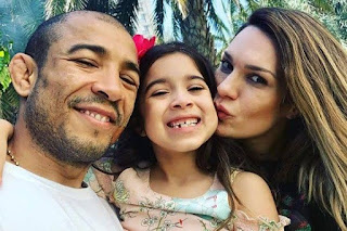 Jos And Vivianne With Daughter Joanna