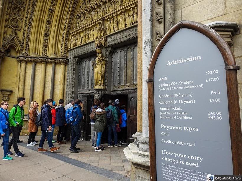 Entrada na Abadia de Westminster. Foto: reprodução do tour virtual no site da Abadia