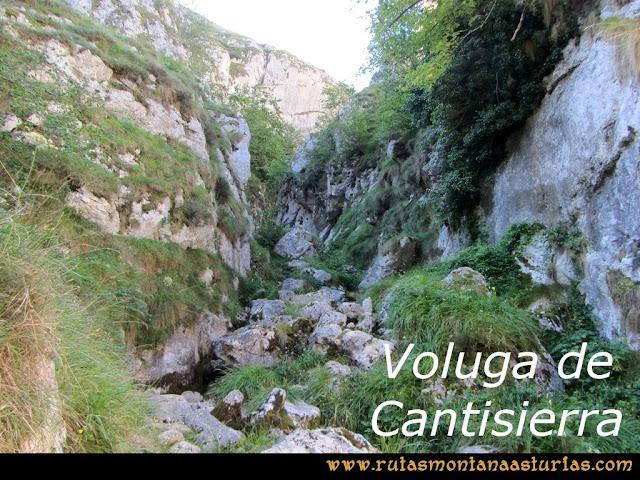 Ruta Poncebos a Cabrones por Camburero y Urriellu: Cauce seco