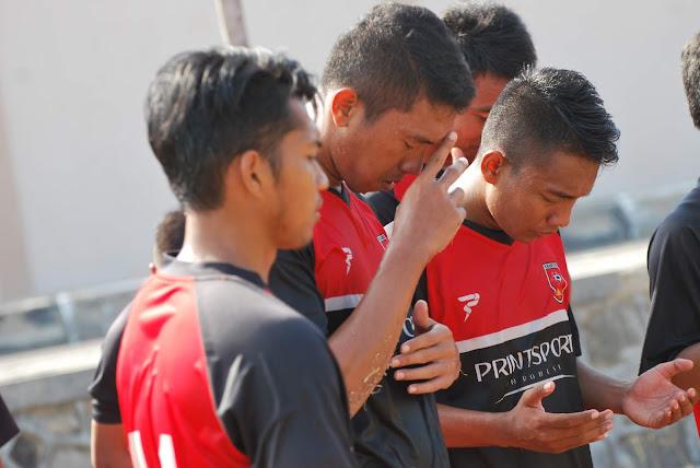 Tim PS Mojokerto Putra Menjalani Latihan Di Kota Cirebon Jawa Barat