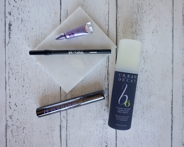 urban decay, gift, haul, 24/7 glide on, eyeshadow primer, b6 complexion spray, perversion, mascara, review, beauty blogger, hanrosewilliams, hannah rose,