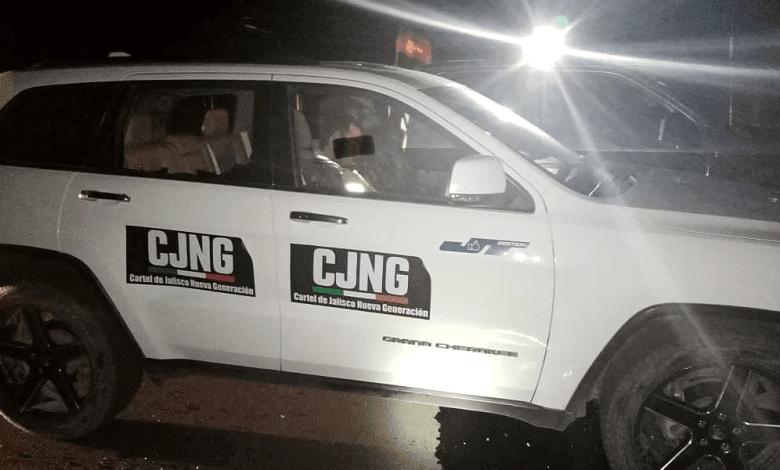 Sicarios del Mencho le roban camioneta a candidato de Zacatecas y como burla la rotulan con las siglas del CJNG
