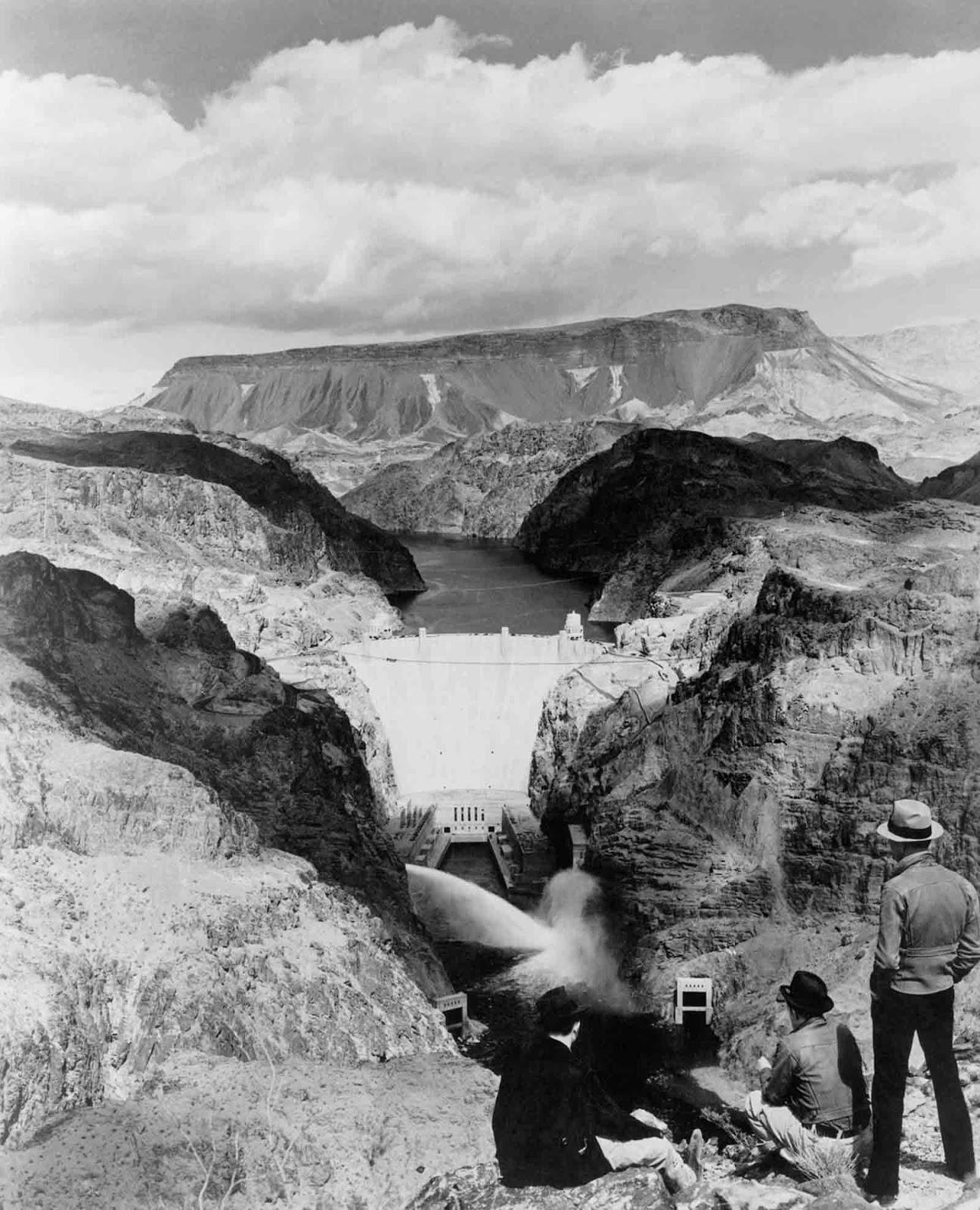 Hoover Dam in 1940.