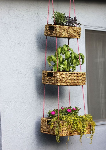 Outdoor decoration with hanging flower pots 6
