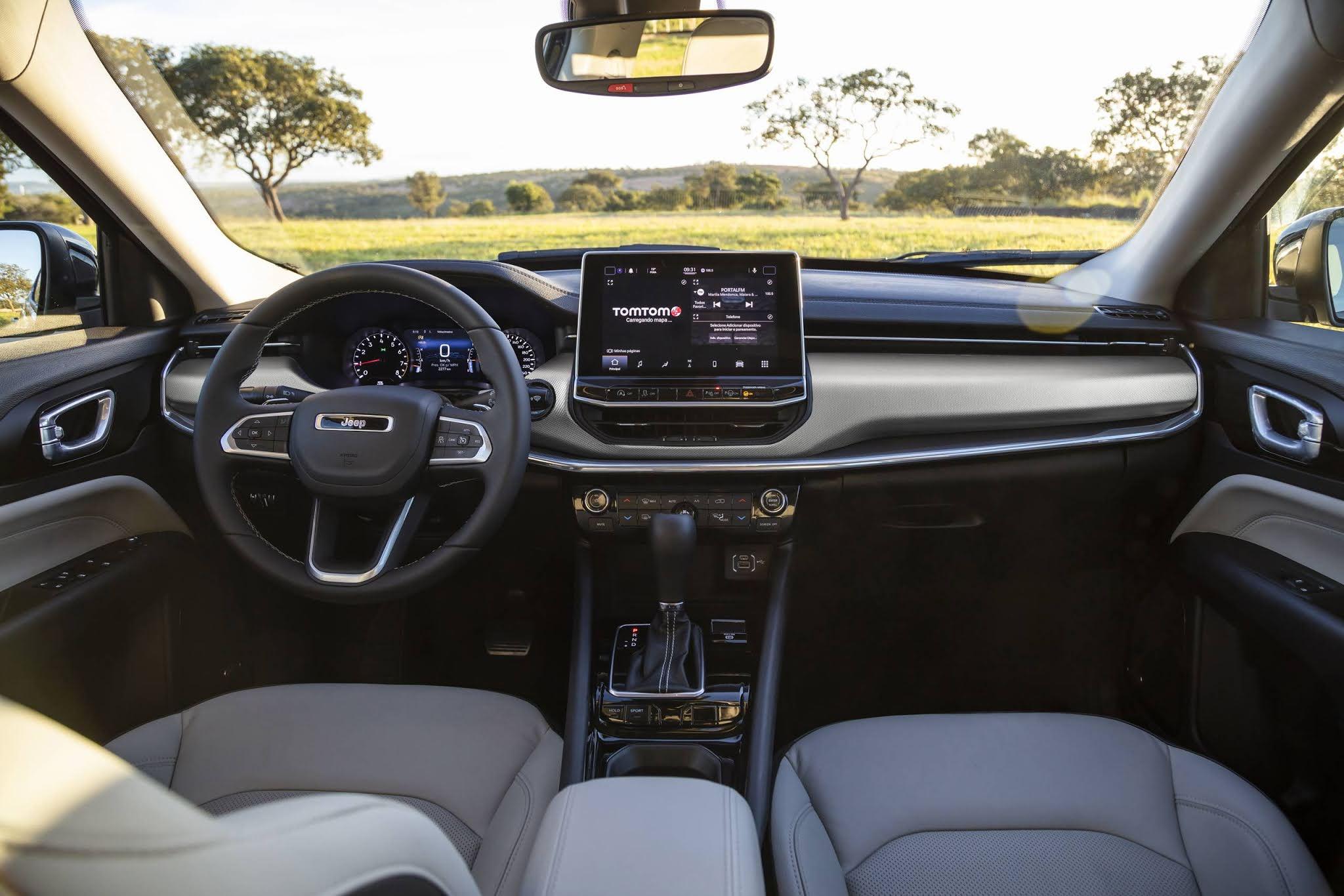 Jeep Compass Flex 2022 : interior