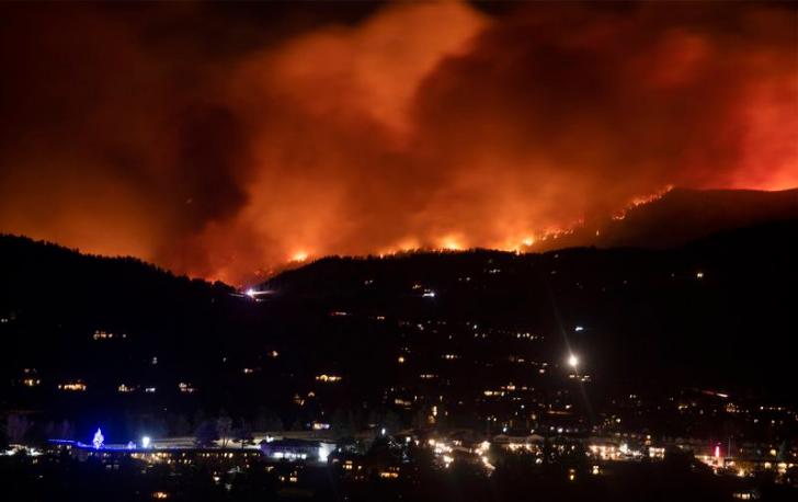 Un incendie de forêt croissant dans le Colorado